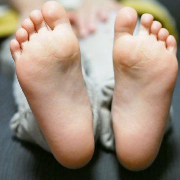 【足底筋(腱)膜炎で悩んでいます】